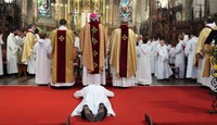 Pourquoi des diacres parmi nous ?