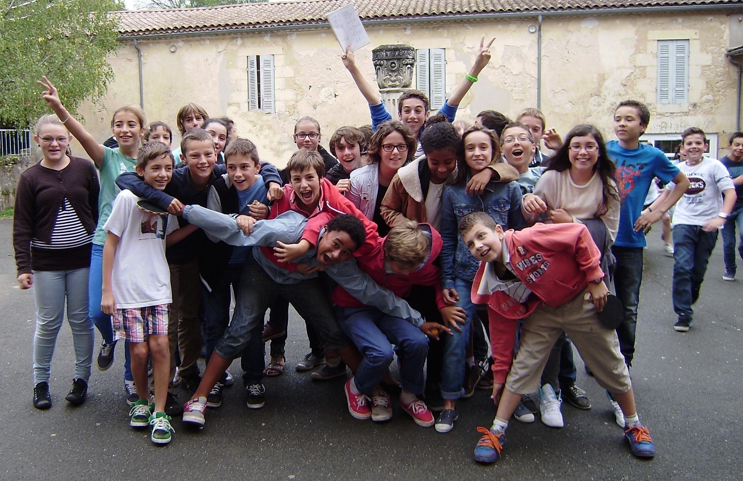 Jeunes 5è Collège Jeanne d'Arc Paroisse de Blayemod