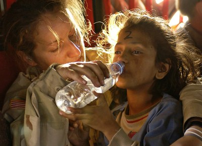 humanitarian aid 939723 1280